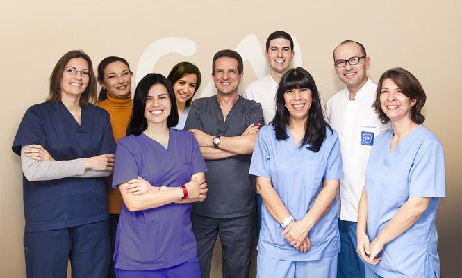 equipo medico clinica miradent
